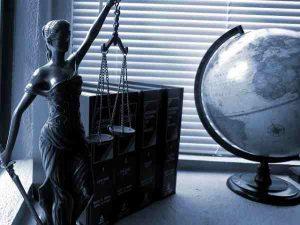 Услуга адвоката - консультация